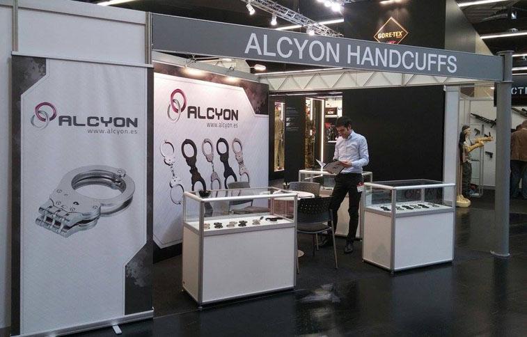 Alcyon |Hancuff manufacturer